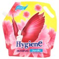 ไฮยีน สเปรย์หอมรีดผ้าอัดกลีบ สูตรขจัดกลิ่นผ้าอับชื้น ชนิดเติม 1800มล.